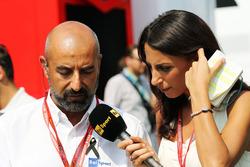 Ivan Capelli, Presidente de ACI Milano con Giorgia Cardinaletti, presentadora de televisión de la RA