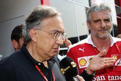 Sergio Marchionne, Presidente de Ferrari y consejero delegado de Fiat automóviles de Chrysler con Ma