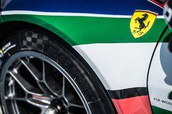 Ferrari logo detay