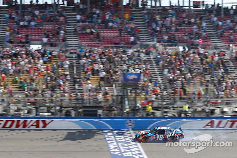 Kyle Bush, Joe Gibbs Racing Toyota