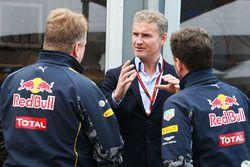 Энди Палмер, генеральный директор Aston Martin, Дэвид Култард, коммнтатор Формулы 1Channel 4 и Крист