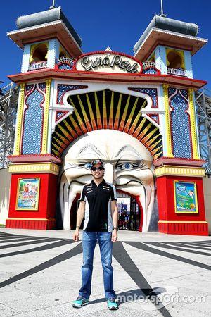 Sergio Pérez, Sahara Force India F1 visita Luna Park