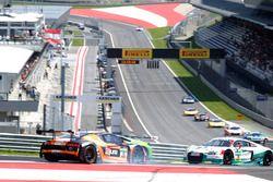 Dreher von #15 Phoenix Racing, Audi R8 LMS: Markus Pommer, Markus Winkelhock
