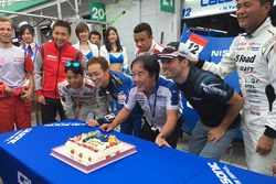 #12 Team Impul Nissan GT-R Nismo GT3: Joao Paulo de Oliveira celebrates his birthday with the team a