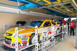 Kyle Larson, Chip Ganassi Racing Chevrolet à l'inspection
