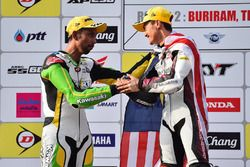 Podium SuperSports 600cc: race winner Zaqhwan Zaidi and second place Azlan Shah Kamaruzaman