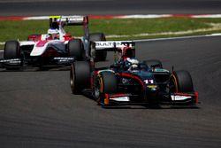 Gustav Malja, Rapax leads Sergey Sirotkin, ART Grand Prix