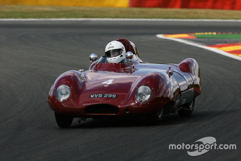 4 Lotus XI Le Mans (1956): Philip Champion, Sam Stretton at