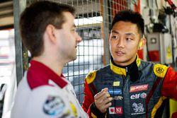 #15 Team Marc VDS Renault RS01: Tanart Sathienthirakul