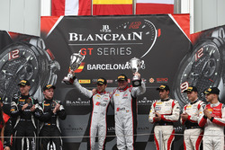 Podio: i vincitori della gara #33 Belgian Audi Club Team WRT Audi R8 LMS: Enzo Ide, Robin Frijns, al