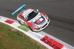Enrico Fulgenzi (TAM Racing - Centro Porsche Latina) in Parabolica a Monza