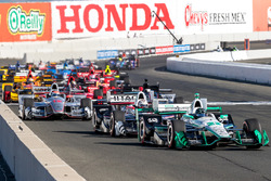 Start: Simon Pagenaud, Team Penske Chevrolet aan de leiding