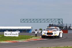 #30 Team Parker Racing, Bentley Continental GT3: Derek Pierce, Chris Cooper, Chris Harris