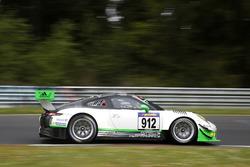 #912 Manthey Racing, Porsche 911 GT3 R: Michael Christensen, Fred Makowiecki