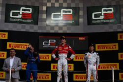 Charles Leclerc, ART Grand Prix, Jake Hughes, DAMS en Nirei Fukuzumi, ART Grand Prix