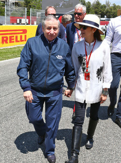 Jean Todt, Président de la FIA avec sa femme Michelle Yeoh, sur la grille