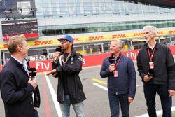 Simon Lazenby, Sky Sports F1; Lewis Hamilton, Mercedes AMG F1; Johnny Herbert, Sky Sports F1; Damon