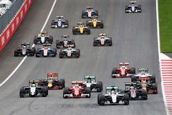 Inicio: Lewis Hamilton, Mercedes AMG F1 líder