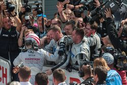 Lucas Auer, Mercedes-AMG Team Mücke, Mercedes-AMG C63 DTM, team, happy, joy