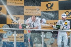 Podium, champagne shower, Lucas Auer, Mercedes-AMG Team Mücke, Mercedes-AMG C63 DTM, teamboss Peter Mücke