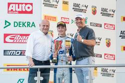 Podium: Mike David Ortmann, Mücke Motorsport, met Axel Schulz