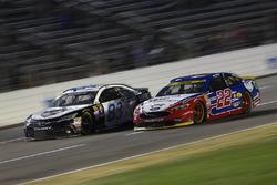 Joey Logano, Team Penske Ford, Jeffrey Earnhardt, BK Racing Toyota