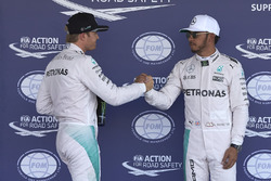 Polesitter Lewis Hamilton, Mercedes AMG F1; 2. Nico Rosberg, Mercedes AMG F1