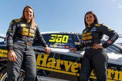 Simona de Silvestro y Renee Gracie, Harvey Norman Supergirls Nissan