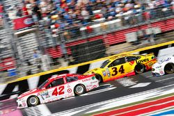Kyle Larson, Chip Ganassi Racing Chevrolet, Chris Buescher, Front Row Motorsports Ford