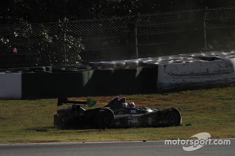 #20 BAR1 Motorsports ORECA FLM09: Don Yount, Tomy Drissi, Johnny Mowlem, in the grass