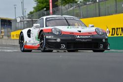 Автомобиль Porsche 911 RSR (№92) команды Porsche GT Team