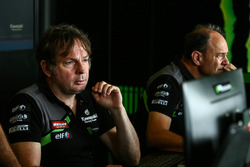 Jonathan Rea, Kawasaki Racing tech guy Davide