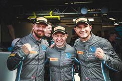 Pole position per #76 R-Motorsport Aston Martin V12 Vantage: Nicki Thiim, Jake Dennis, Matthieu Vaxivière