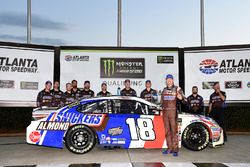 Kyle Busch, Joe Gibbs Racing Toyota, Wins the pole at Atlanta