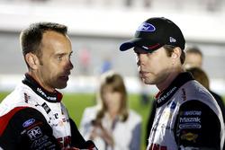 Brad Keselowski, Team Penske Ford Fusion avec son crew chief Paul Wolfe