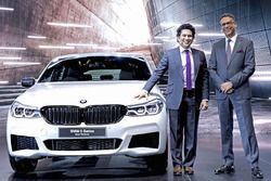 Sachin Tendulkar with the BMW 6 series Gran Turismo