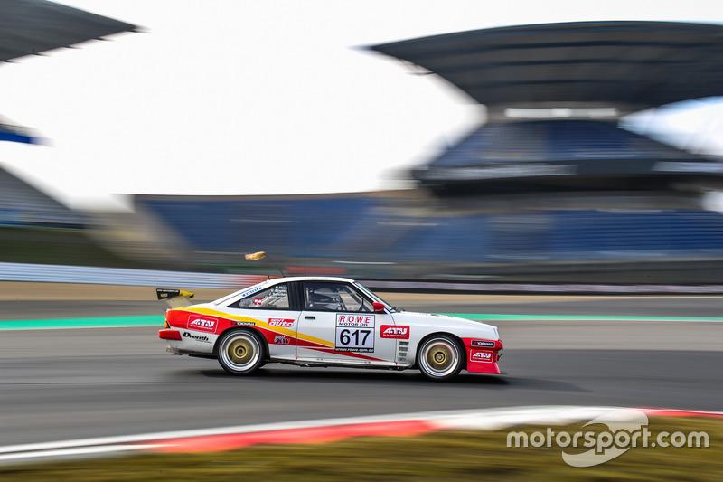 #617 Kissling Motorsport Opel Manta: Olaf Beckmann, Peter Hass, Volker Strycek