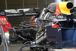 Red Bull Racing RB14 engine detail