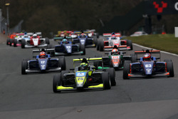 Start of the race Linus Lundqvist, Double R BRDC British F3 leads