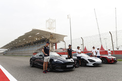 Max Verstappen, Red Bull Racing, Daniel Ricciardo, Red Bull Racing, with the Aston Martin Vanquish S. Fernando Alonso, McLaren, and Stoffel Vandoorne, McLaren, with the McLaren 720s. Lewis Hamilton, Mercedes AMG F1, and Valtteri Bottas, Mercedes AMG F1, with the Mercedes AMG GTR, on grid for the Pirelli Hot Laps