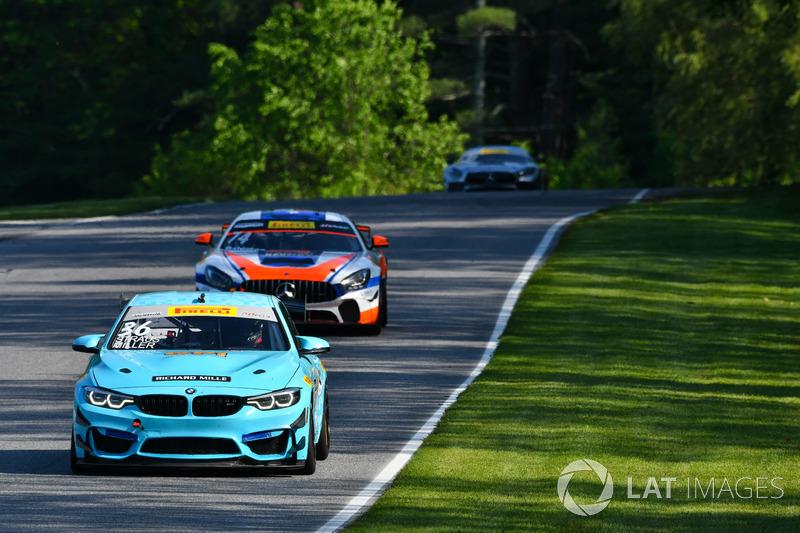 #36 ST Racing BMW M4 GT4: Aurora Straus, Al Carter