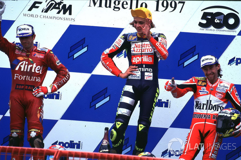 1997: Primeiro título mundial, com a Aprilia, nas 125cc