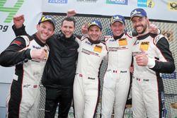 Podium: Racewinnaars #912 Manthey Racing Porsche 911 GT3 R: Richard Lietz, Patrick Pilet, Frédéric Makowiecki, Nick Tandy