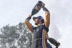 Podio: ganador de la carrera Jean-Eric Vergne, Techeetah, Andre Lotterer