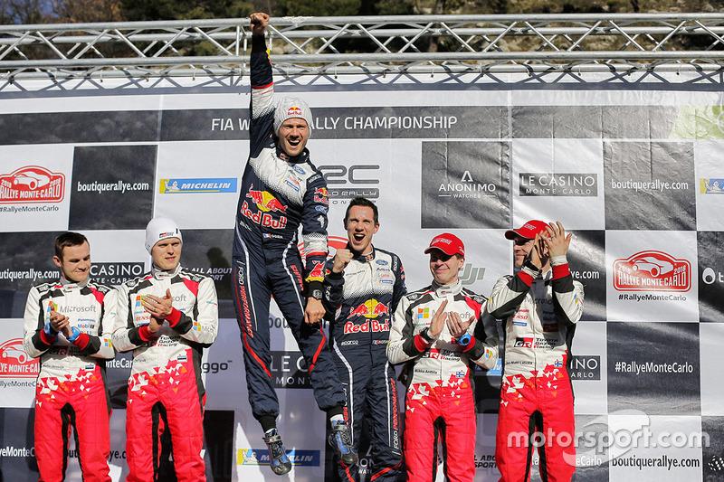 Podium : les vainqueurs Sébastien Ogier, Julien Ingrassia, M-Sport Ford, les deuxièmes, Ott Tanak, Martin Järveoja, Toyota Gazoo Racing, les troisièmes, Jari-Matti Latvala, Miikka Anttila, Toyota Gazoo Racing