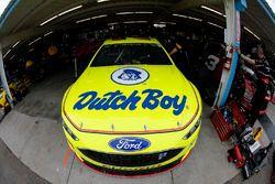 Ryan Blaney, Team Penske, Ford Fusion Kyle Paul Menard, Wood Brothers Racing, Ford Fusion Menards / Dutch Boy