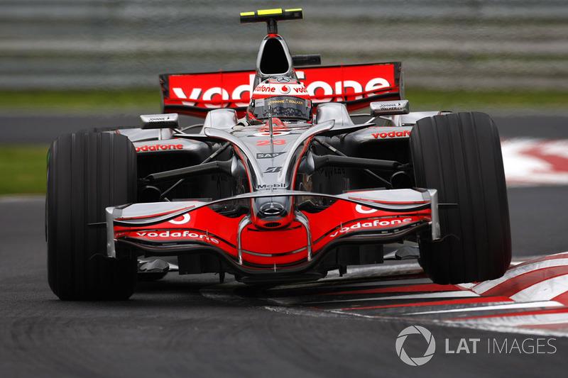 2008: Хейкки Ковалайнен, McLaren Mercedes, MP4-23