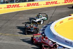 Жером д'Амброзио, Dragon Racing, Жан-Эрик Вернь, Techeetah, и Лукас ди Грасси, Audi Sport ABT Schaeffler