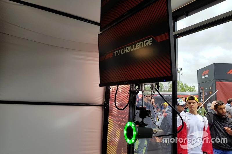 Прокомментировав эпизод этапа Формулы 1...
