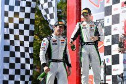 #9 K-PAX Racing Bentley Continental GT3: Alvaro Parente, #3 K-PAX Racing Bentley Continental GT3: Rodrigo Baptista